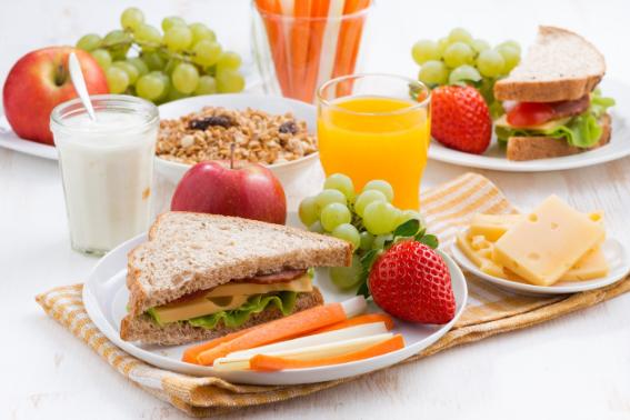 Cara Cerdas Agar Anak Mau Makan Sayur