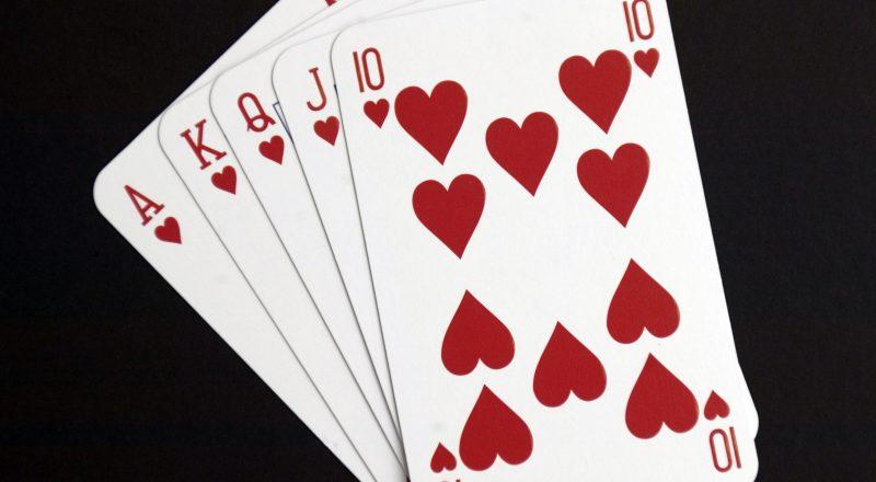 10 Susunan Kartu dalam Game Poker Online