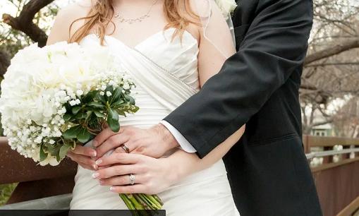 Mahalnya Biaya Pesta Pernikahan di Indonesia