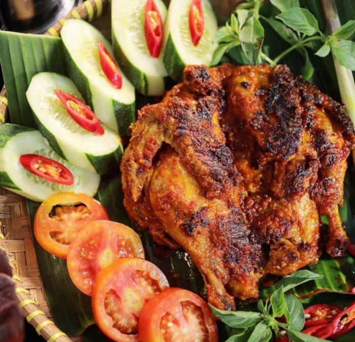 Resep Ayam Panggang Utuh Bumbu Rujak